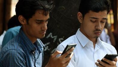 印度推动移动支付欲摆脱大钞支付