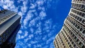 各地商业银行纷纷提高首套房房贷利率,已经普遍上浮15%