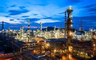 外媒:中国新建LNG接收站 赶在冬季需求之前加大进口能力