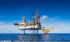 纽约原油期货收跌2.44% 刷新9月18日以来收盘新低