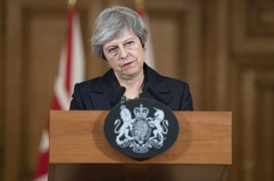 特蕾莎-梅政府赢得不信任动议 21日将交脱欧B计划