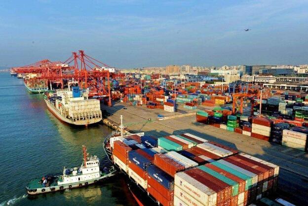 述评:中国进一步扩大开放促世界共赢