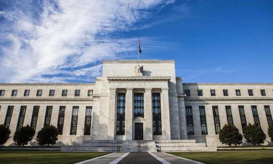 鲍威尔:或把收益率曲线控制作为新增工具刺激经济