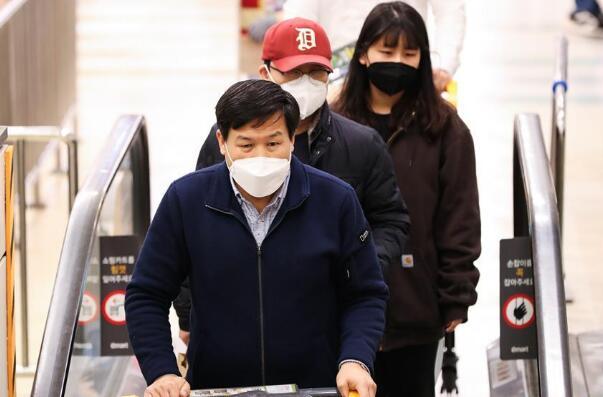 韩国新冠病毒感染病例增至977例