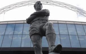 英国足球迎来警告:新冠病毒大流行或带来10亿美元损失