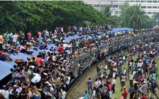 孟加拉国逾10万人出国务工未必能成行