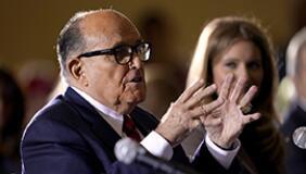 美媒曝特朗普同僚正寻求提前赦免 总统律师否认