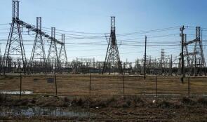 美媒:得州在风暴期间多收160亿美元电费